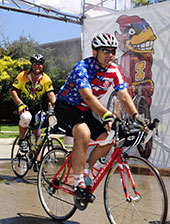 RAGBRAI riders enter campus