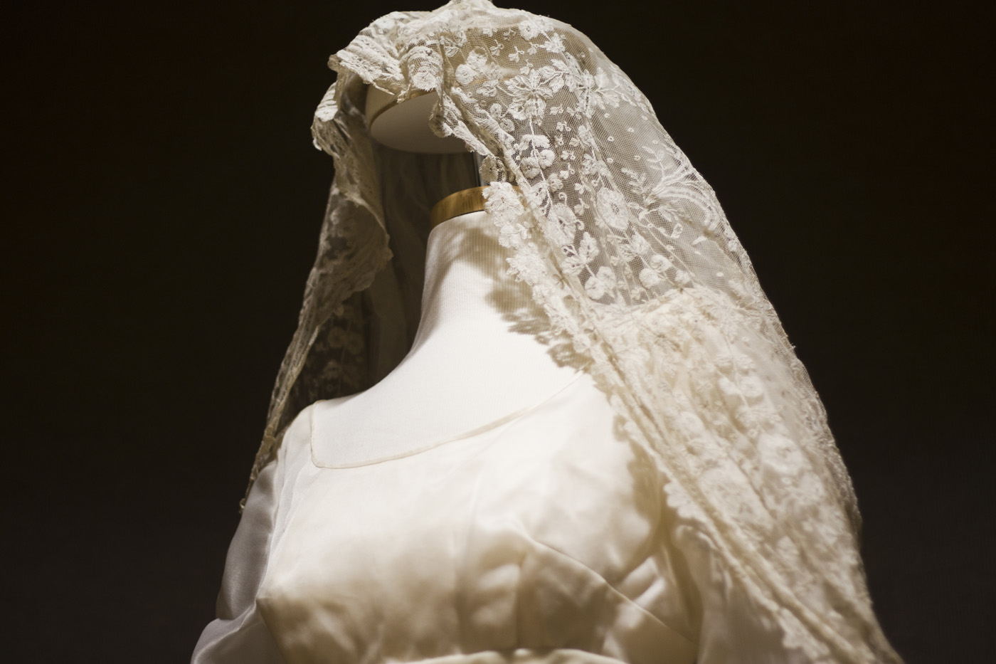"New exhibit explores ""Weddings in the Heartland: Apparel ... Alexandra Romanov Wedding Dress"