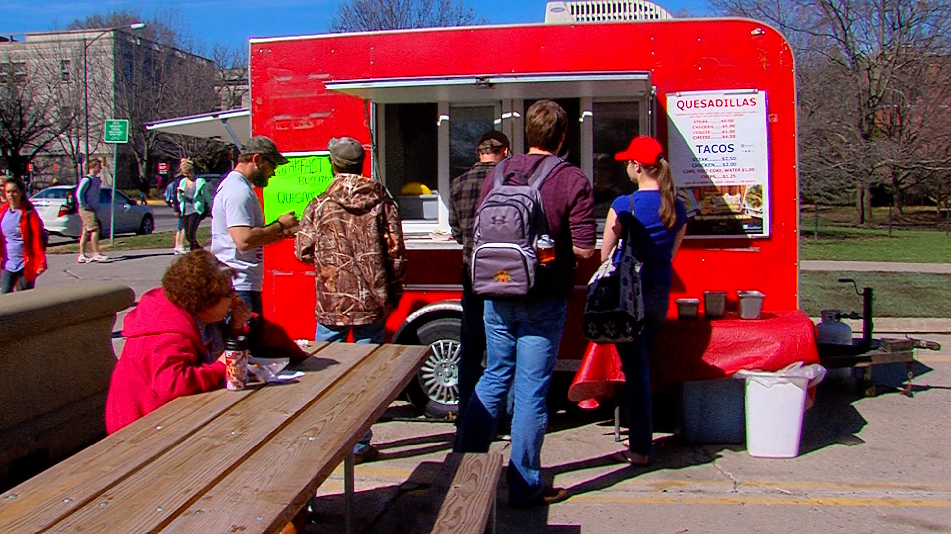 Postcard from Campus: Food Trucks