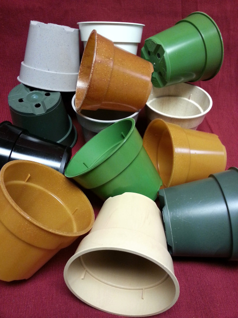 A range of pots made from various biplastic materials
