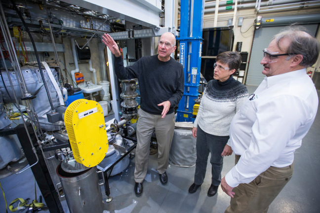 Robert C. Brown explains how Iowa State's pyrolysis equipment produces biofuels.