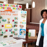 ISU dietetic intern providing information on plant-based diet