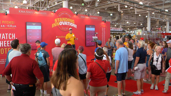 ISU students pitch business ideas at the Iowa State Fair